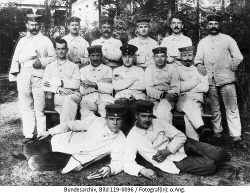 Adolf Hitler (second from right, top row) and his wounded comrades in Beelitz lazareth near Berlin
