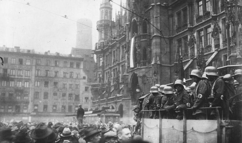 Adolf Hitler attempts to take power with a Putsch in Munich. There is no actual photo of Hitler this day, here is Munich's Marienplatz during the Beer Hall Putsch