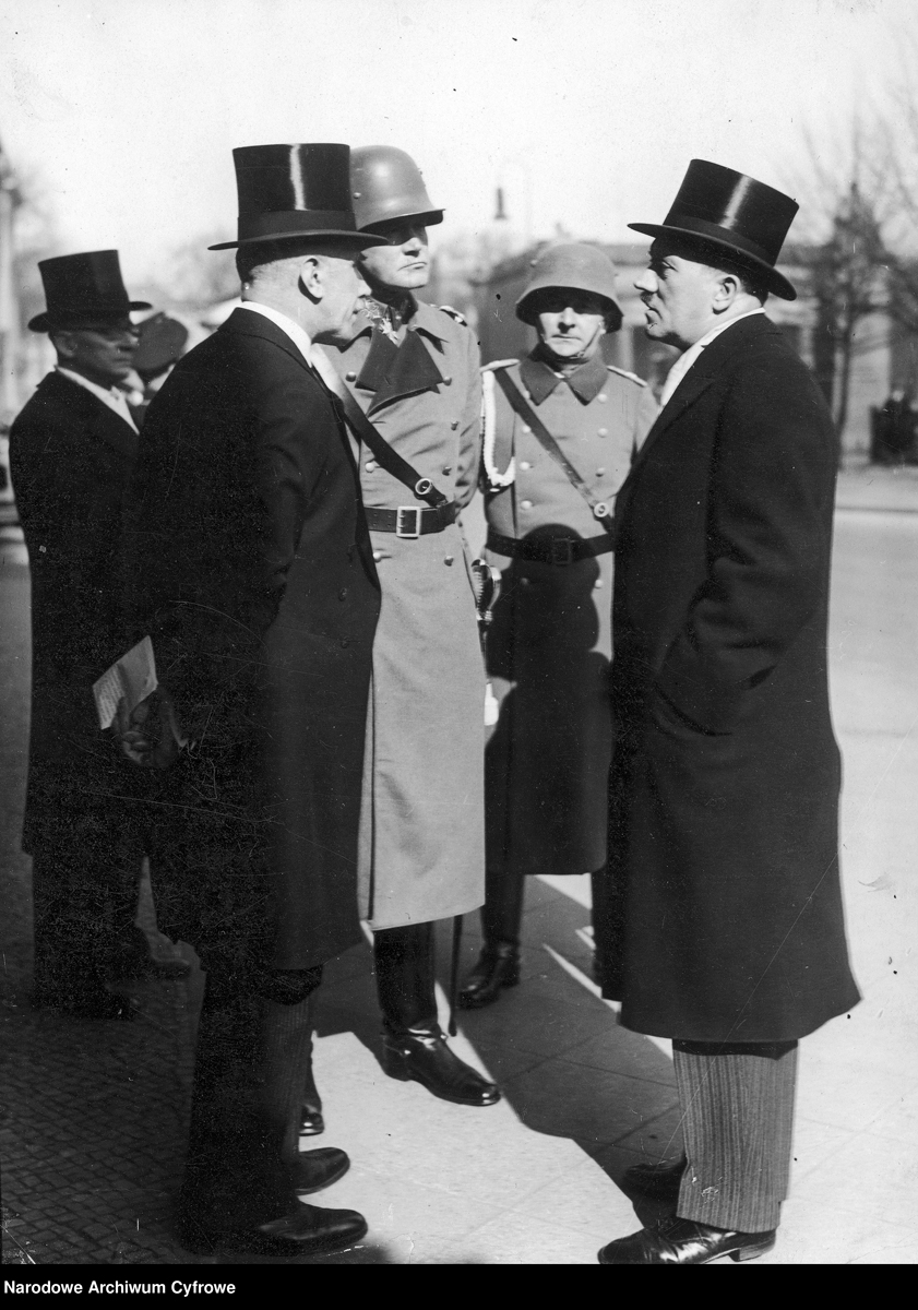 Adolf Hitler in conversation with Franz von Papen and general Von Blomberg at the Heldengedenktag ceremony in Berlin