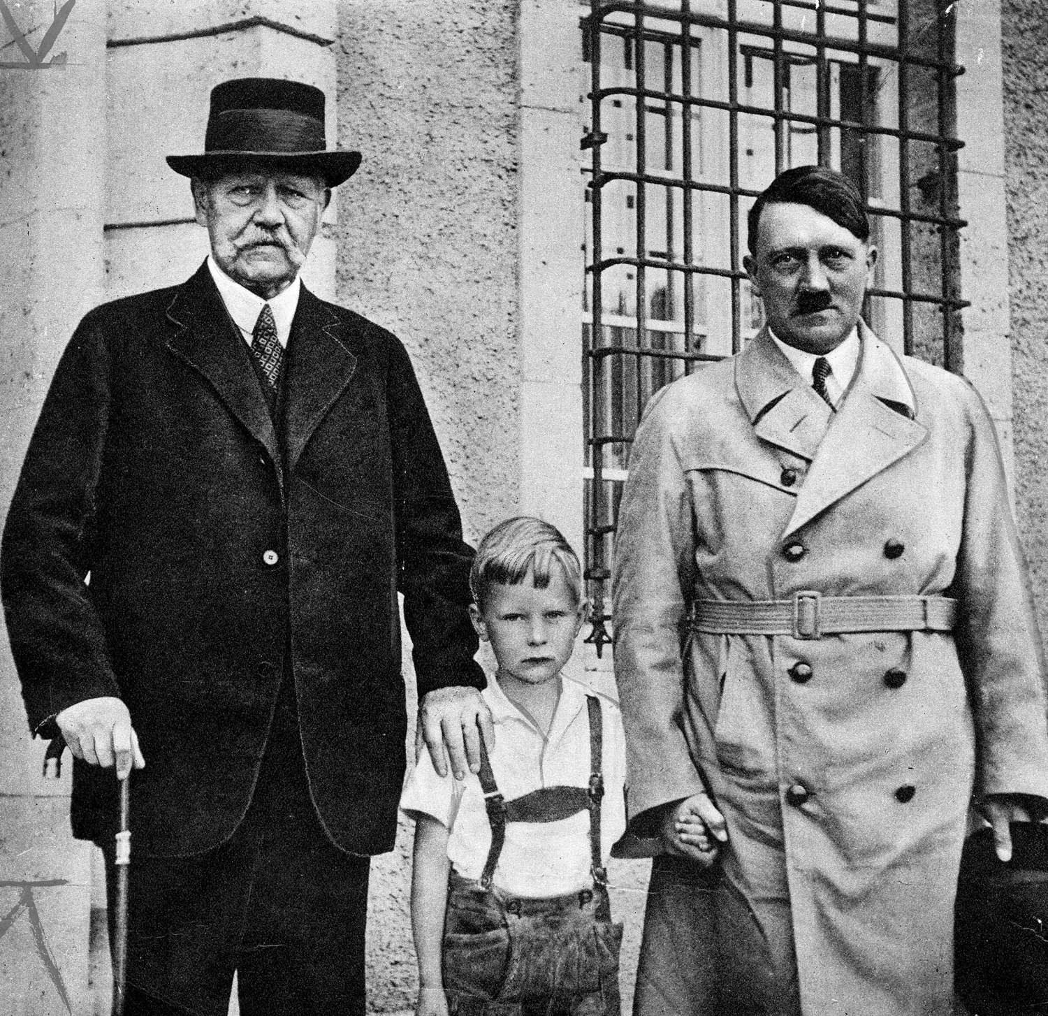 Adolf Hitler visits Paul von Hindenburg and his grandchildren at his residence in Neudeck