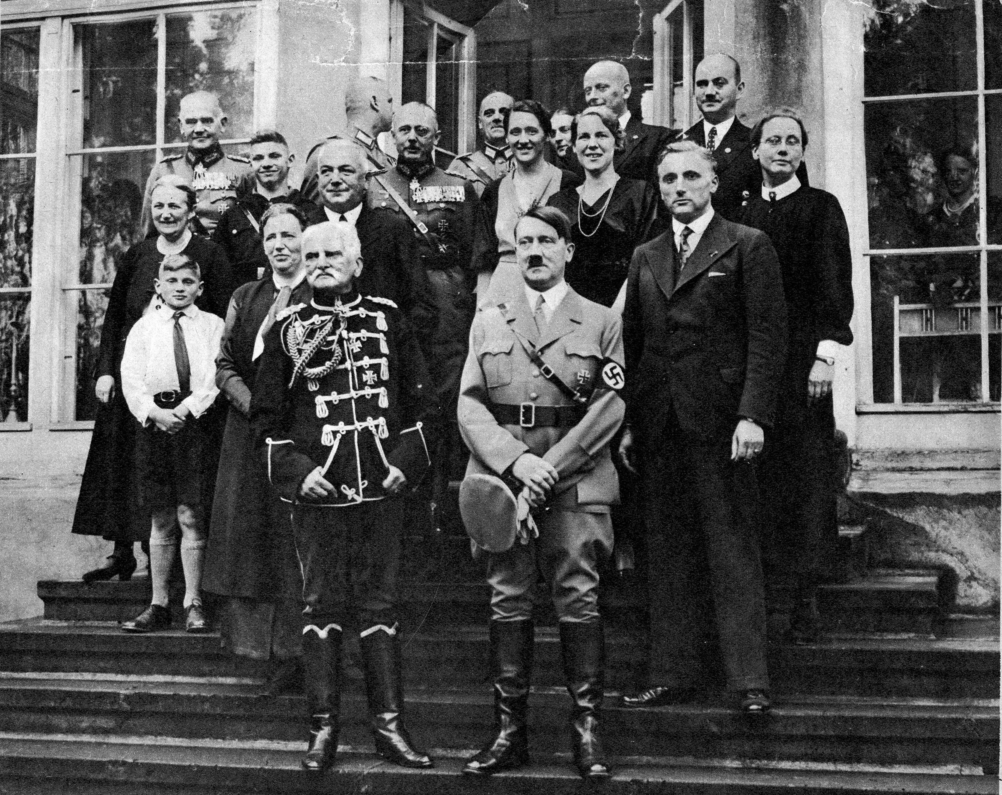 Adolf Hitler congratulates August von Mackensen for his 85th birthday