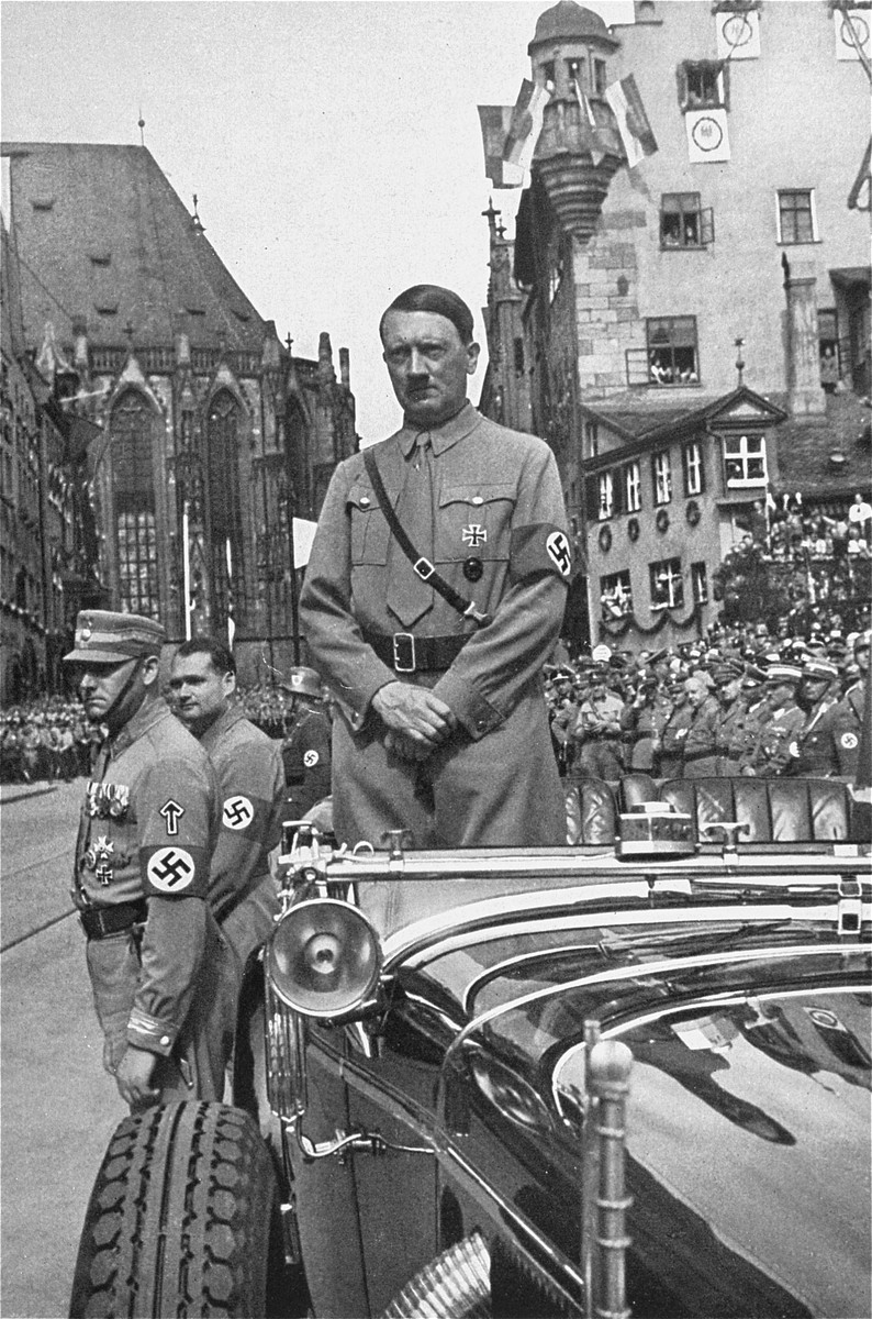 Adolf Hitler awaits the parade of the SA at the 1935 Reichsparteitag