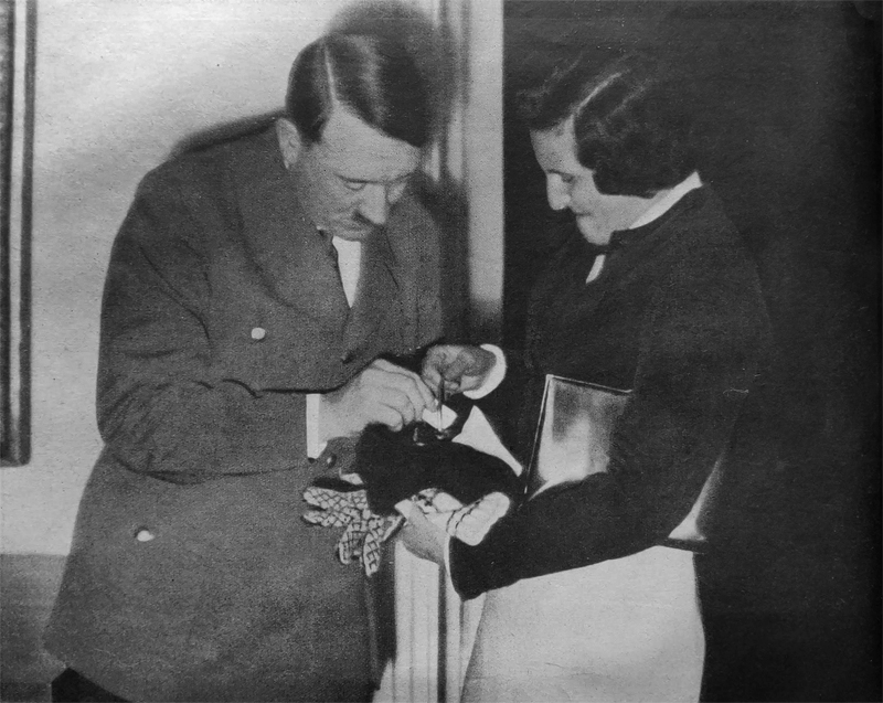Adolf Hitler and Leni Riefenstahl at the 'Tag der Nationalen Solidarität' in Berlin