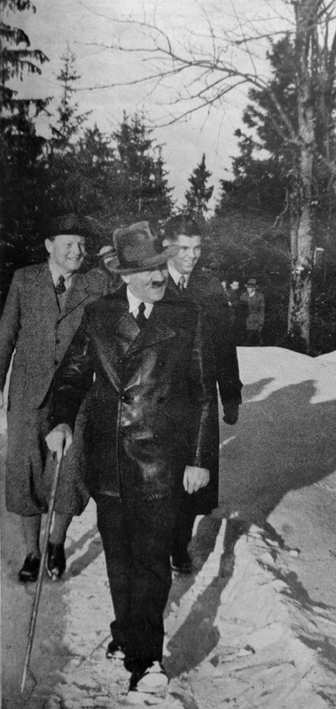 Adolf Hitler with his guests during a walk on the Obersalzberg