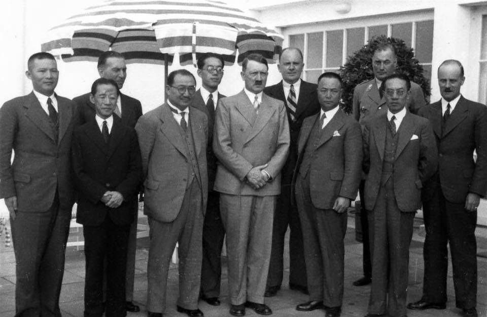 Adolf Hitler and the Chinese delegation at the Berghof