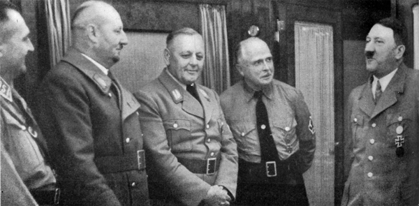 Adolf Hitler in conversation with Carl-Eduard von Sachsen-Coburg, and Gauleiters Schwede and Wächtler