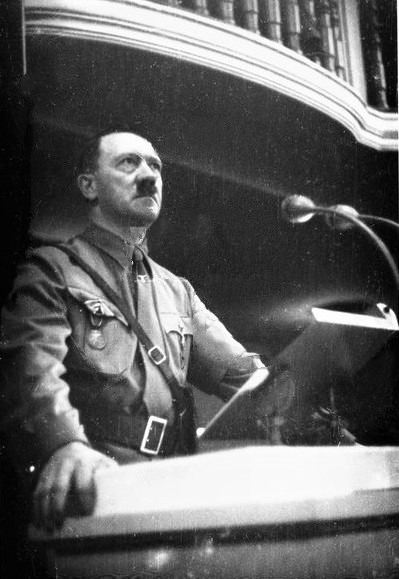 Adolf Hitler during his speech in the Bürgerbräukeller for the commemoration of the putsch