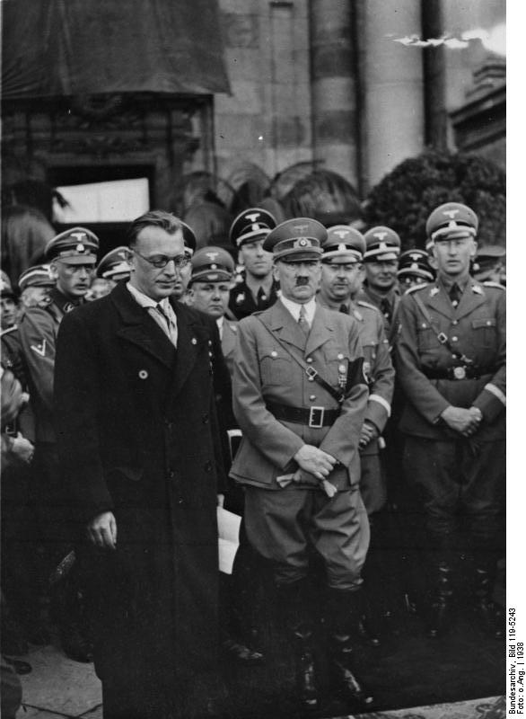 Adolf Hitler in front of the Hofburg's palace in Vienna with Arthur Seyss-Inquart