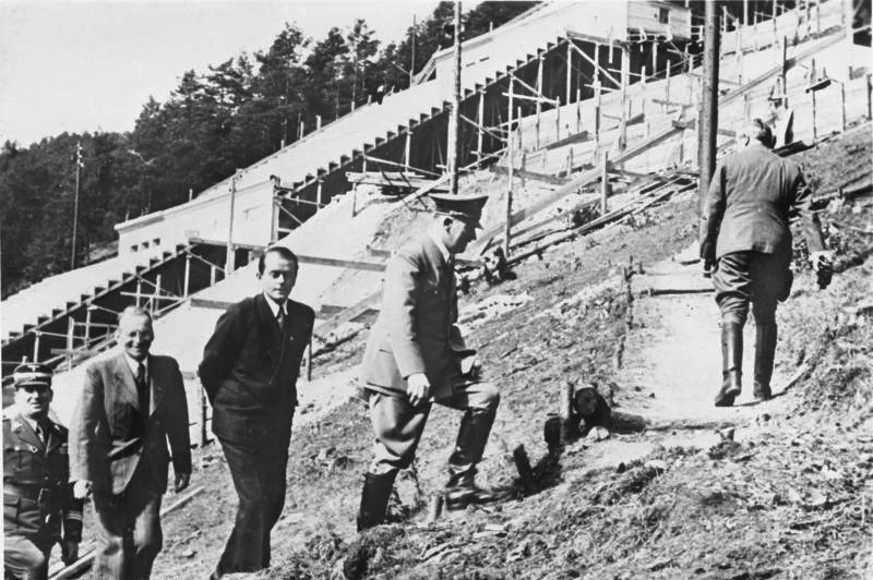 Adolf Hitler in Hirschbachtal near Nuremberg visits the progress of the construction work on the Party Rally Grounds