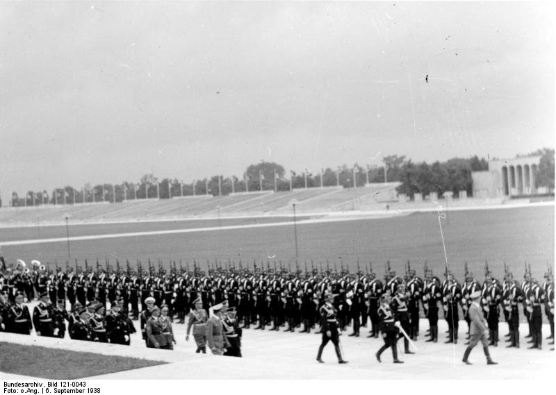 Adolf Hitler inspects the SS-Ehrenkompanie in the Luitpoldarena