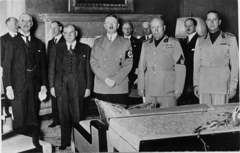Chamberlain, Daladier, Hitler, Mussolini, and Ciano at the Munich Conference