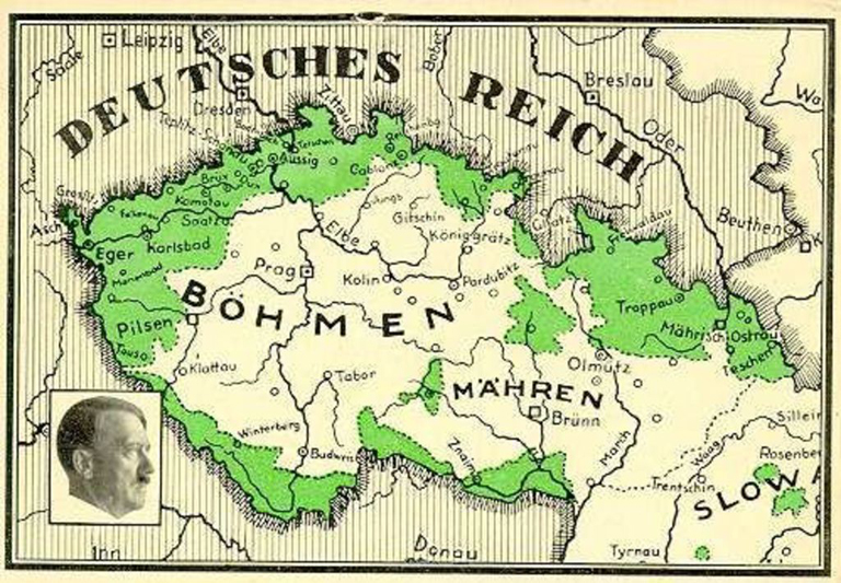 Postcard representing the Sudetenland occupation, which started the day after the Munich agreement