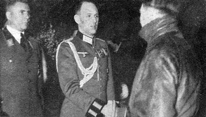 Rudolf Schmundt gives his new year wishes to Adolf Hitler