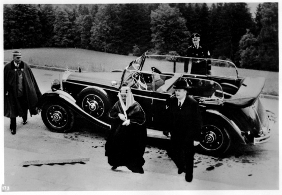 Adolf Hitler receives Khalid al Hud, special envoy of king Ibn Saud of Saudi Arabia at the Berghof