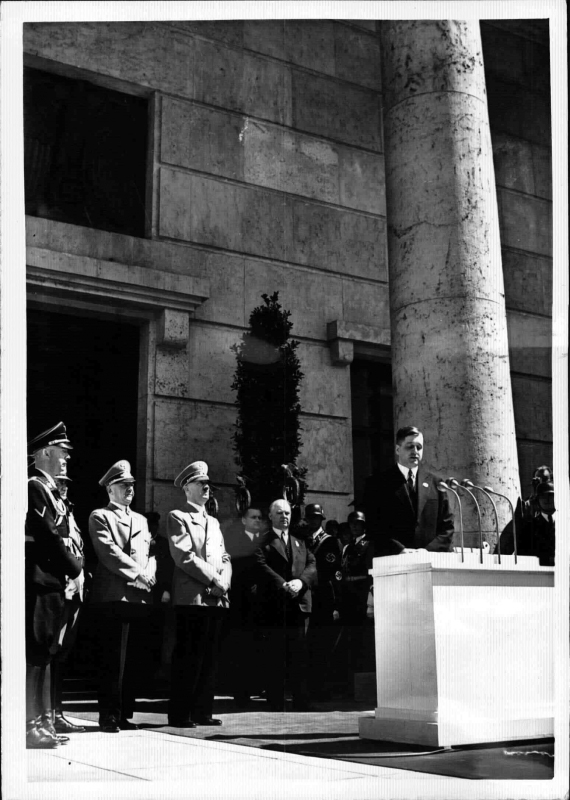 August von Finck makes a speech on the occasion of the opening of the Großen Deutschen Kunstausstellung in Munich