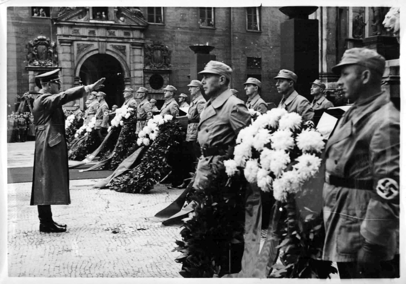 At the commemoration for the victims from the bombing of the Bürgerbräukeller on November 8, 1939 by Johann Georg Elser immediately after one of Hitler's speeches commemorating the Beer Hall Putsch