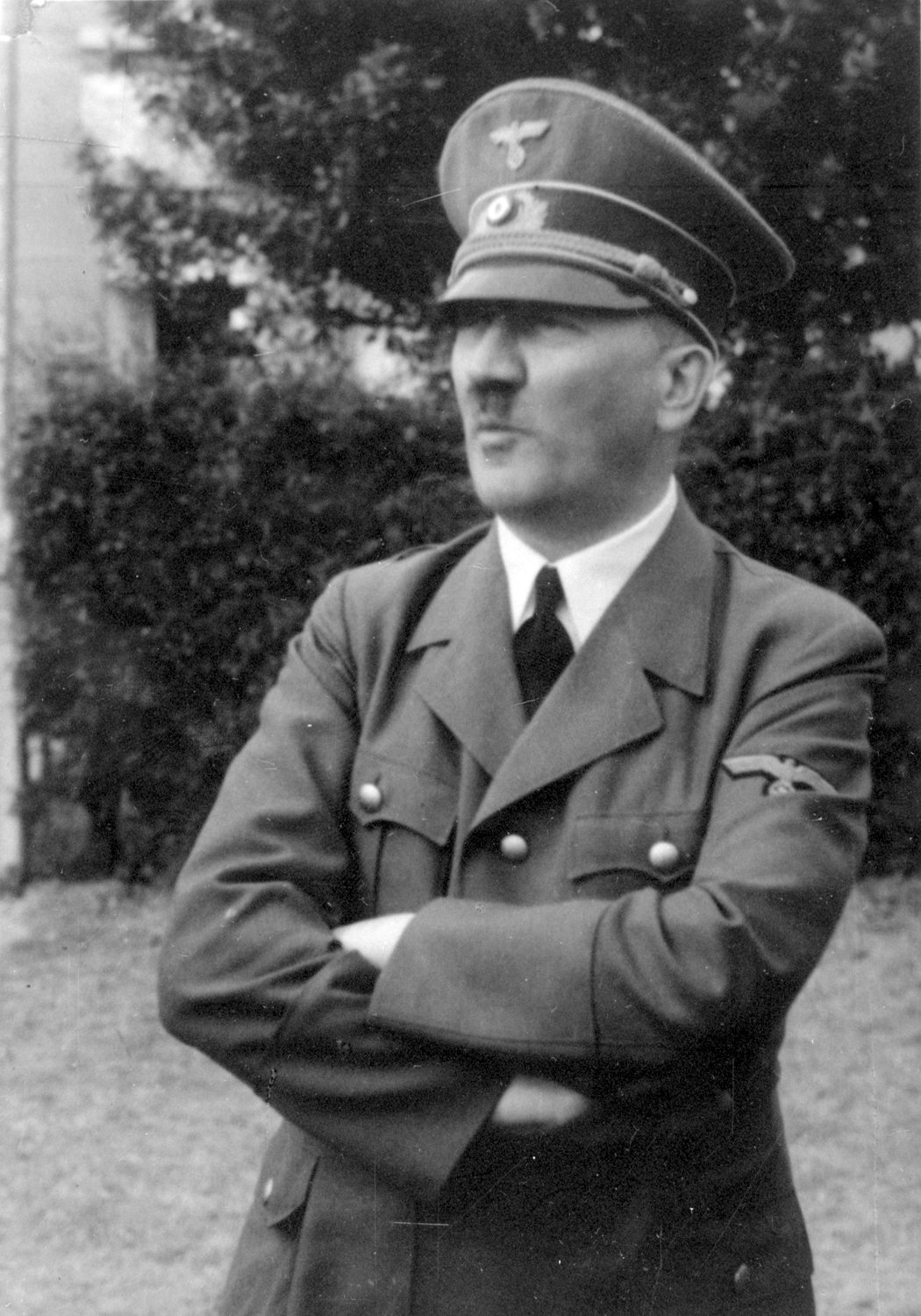 Adolf Hitler in Führerhauptquartier Wolfsschlucht at the end of the campaign against France, from Eva Braun's albums