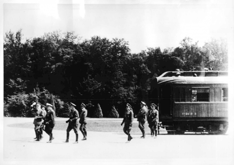 Adolf Hitler leaves the armistice car after briefly meeting the French representatives