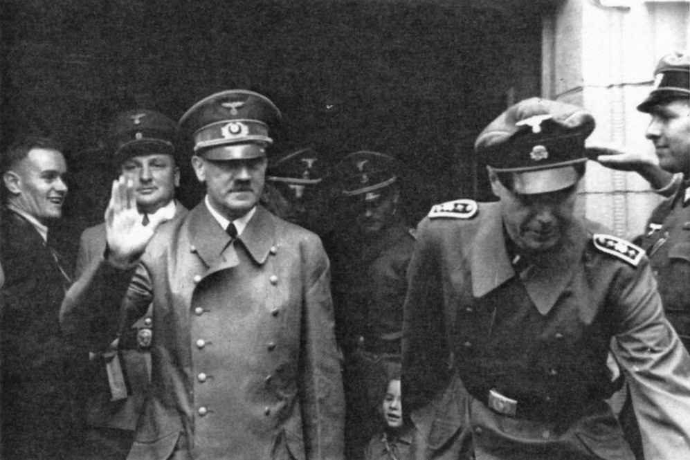 Adolf Hitler leaves Freudenstadt's hospital after visiting wounded soldiers