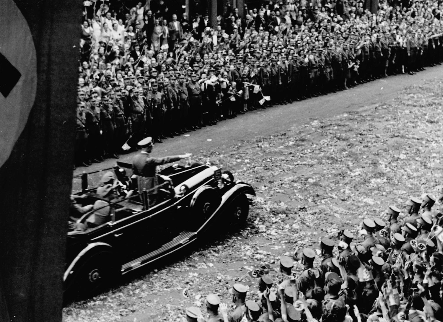 Adolf Hitler returning to Berlin after the campaign of France