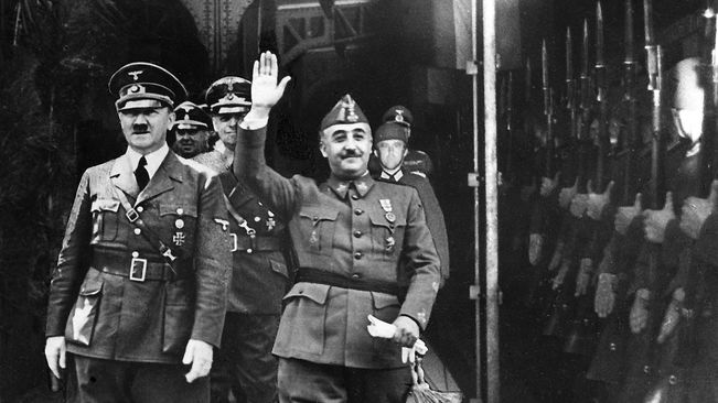Francisco Franco with Adolf Hitler in Hendaye station