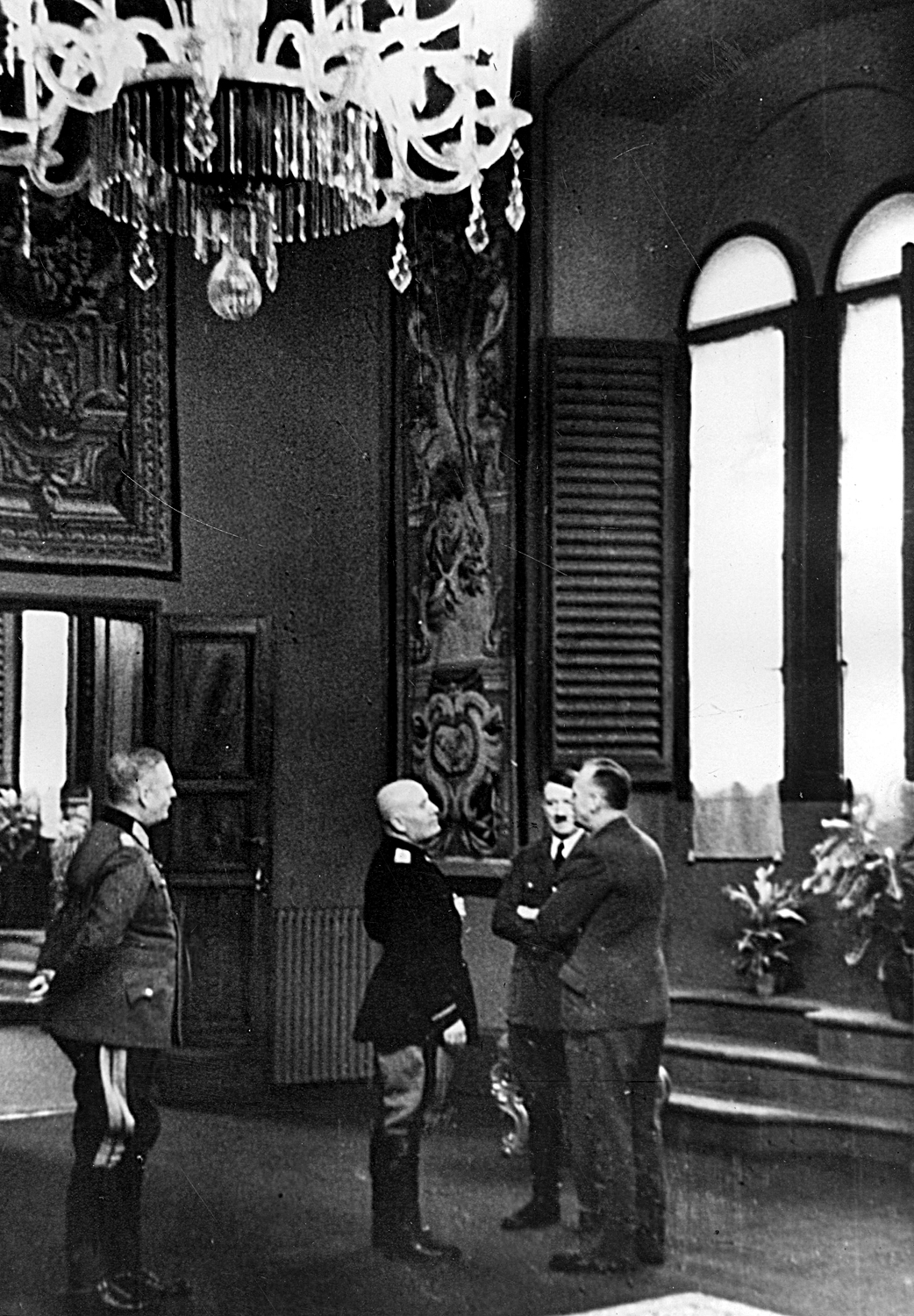 Hitler and Mussolini in Florence during the negotiation at Sala Clemente des Palazzo Vecchio