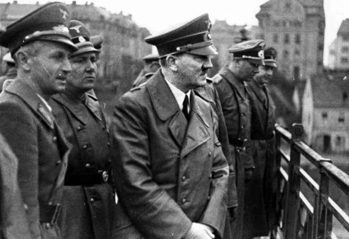 Hitler on the old bridge in Marburg