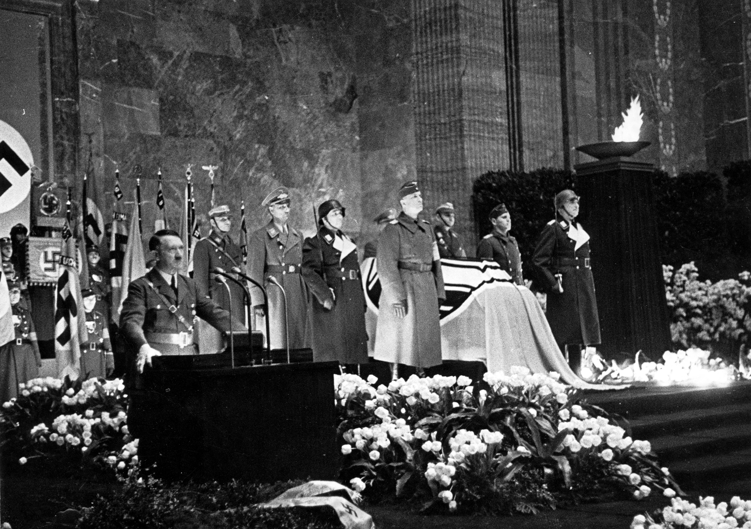 Adolf Hitler makes a speech during the funeral of Fritz Todt