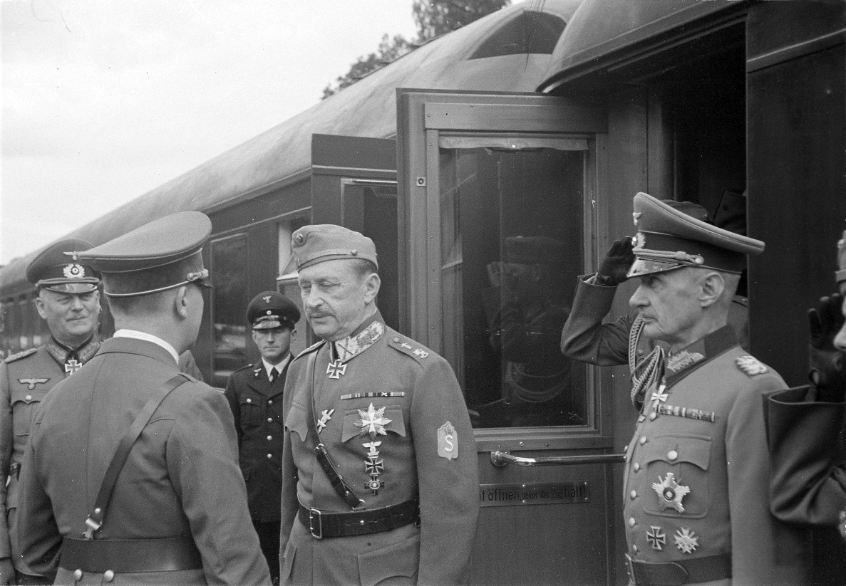 Adolf Hitler greets Mannerheim at his arrival in Rastenburg