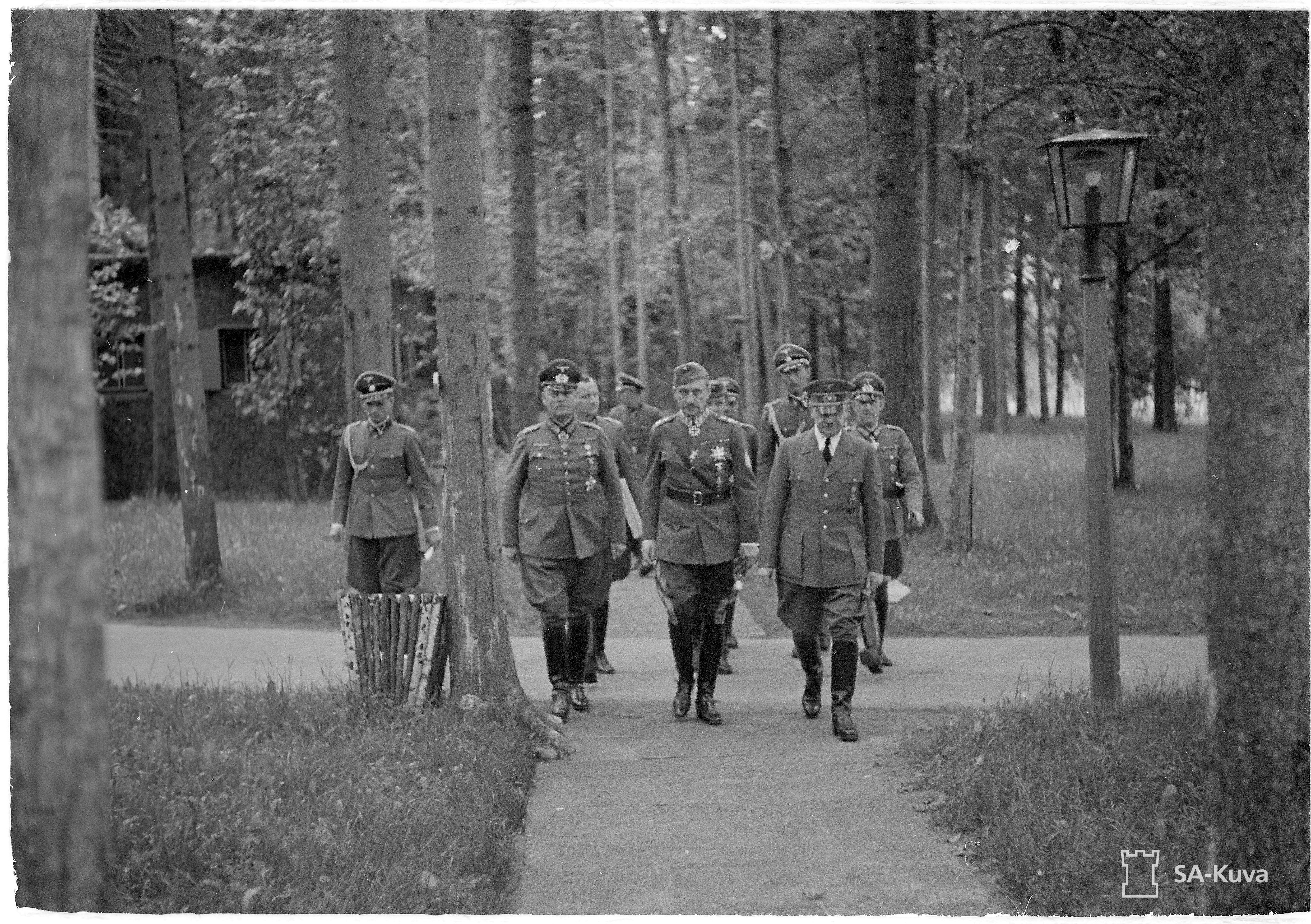 Adolf Hitler and Gustav Mannerheim at the Wolfsschanze after the situation conference