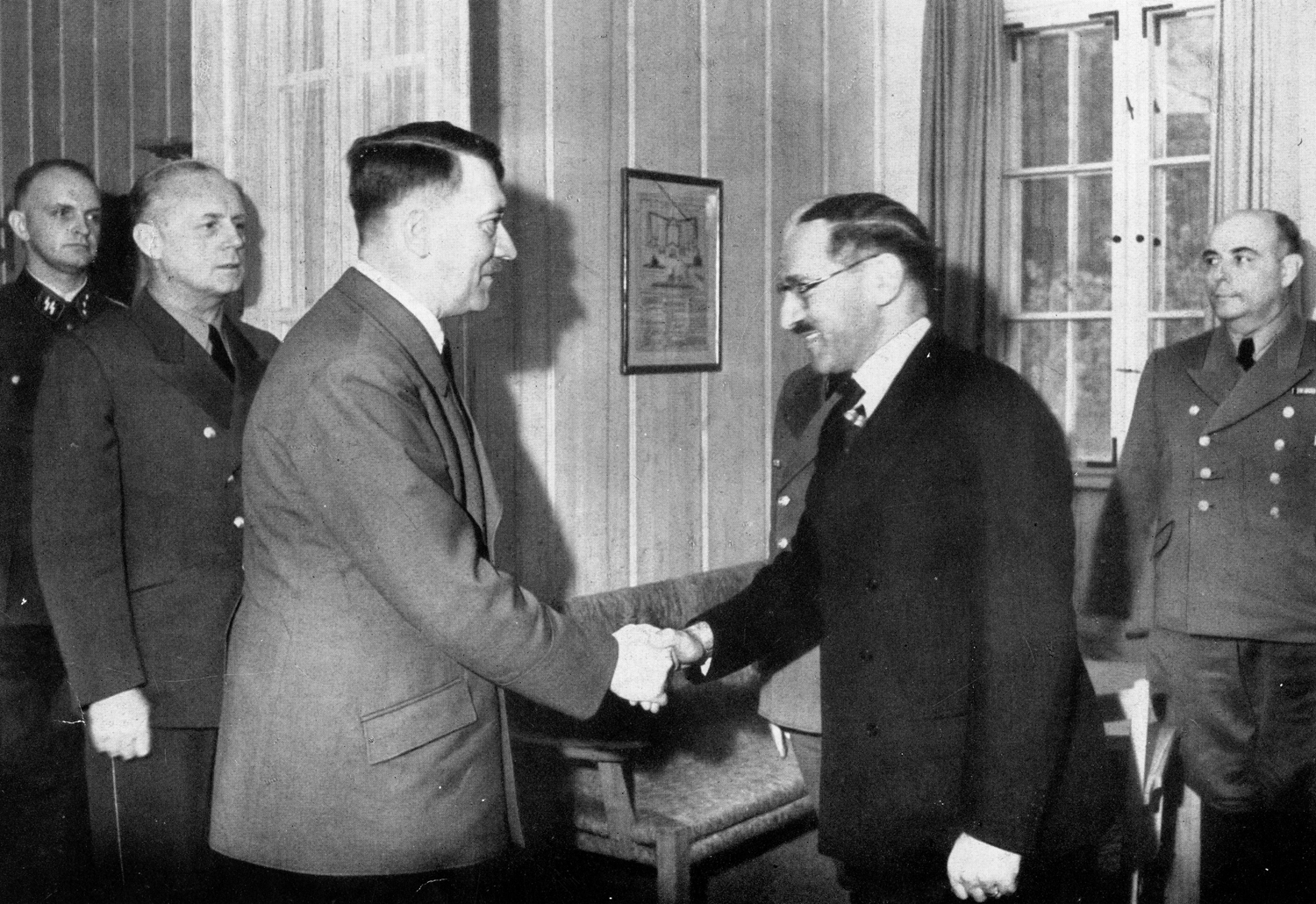 Adolf Hitler received Iraqui foreign affairs minister Rashid Ali al-Gaylani in Führerhauptquartier Werwolf