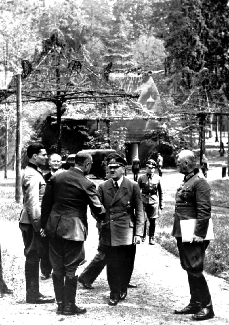 Adolf Hitler at the Wolfsschanze a few days before the failed bomb attack, Stauffenberg in on the left