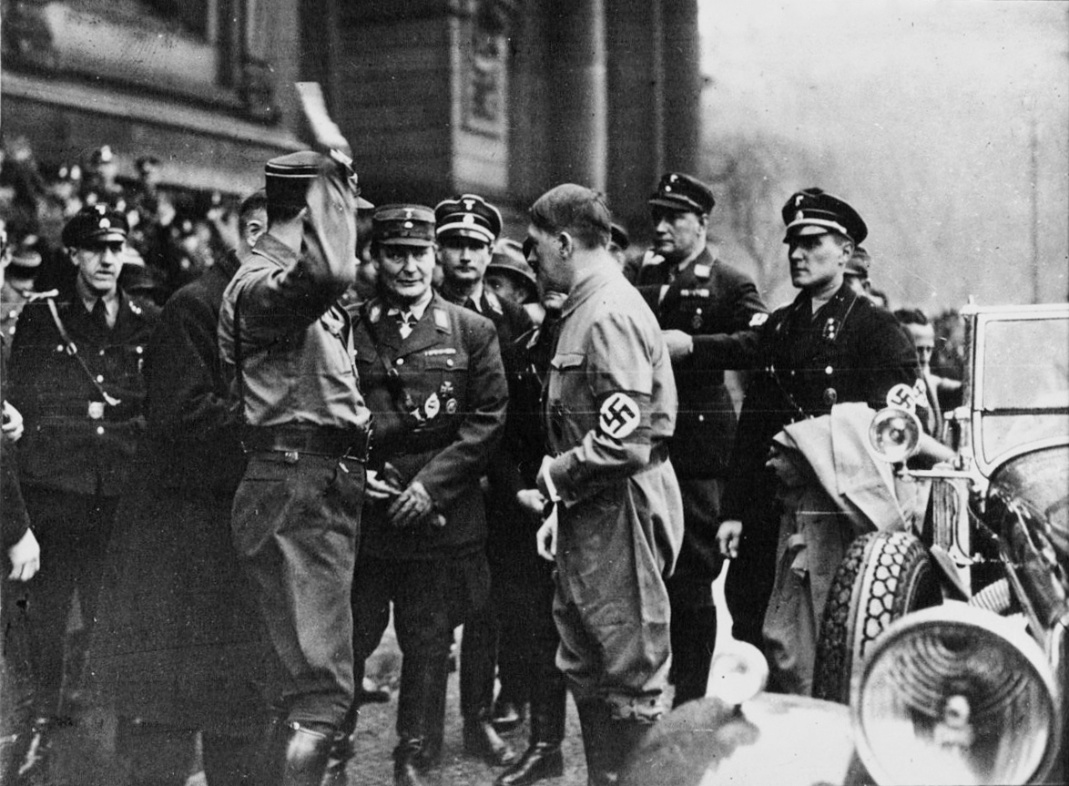 Adolf Hitler and Hermann Göring in front of the Berliner Dom for the funeral of Hans Maikowski and Josef Zauritz
