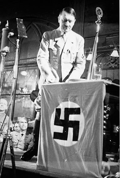 Adolf Hitler makes a speech for the anniversary of the Party in Munich's Hofbräuhaus