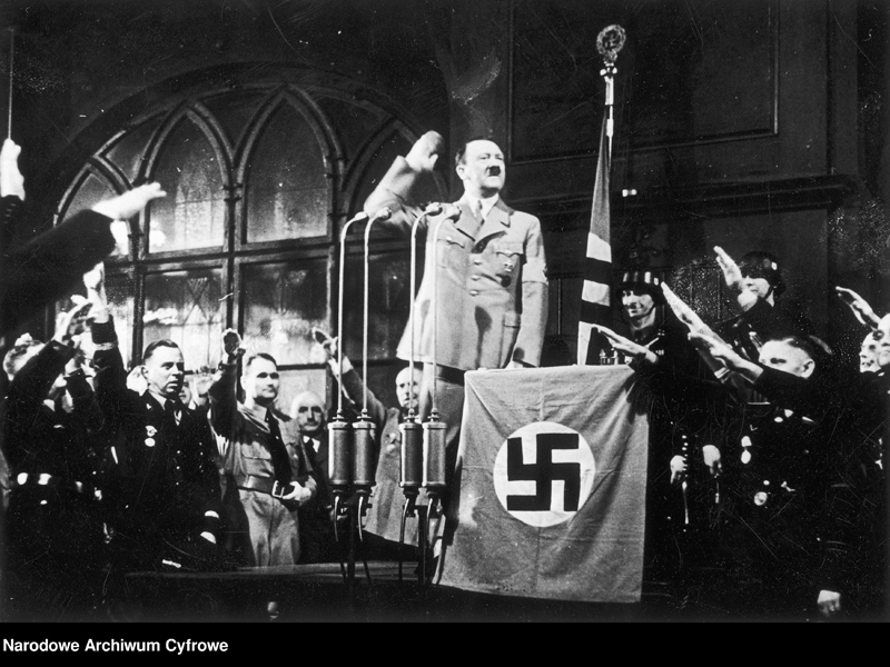 Adolf Hitler gives a speech in Munich's Hofbräuhaus for the anniversary of the founding of the party
