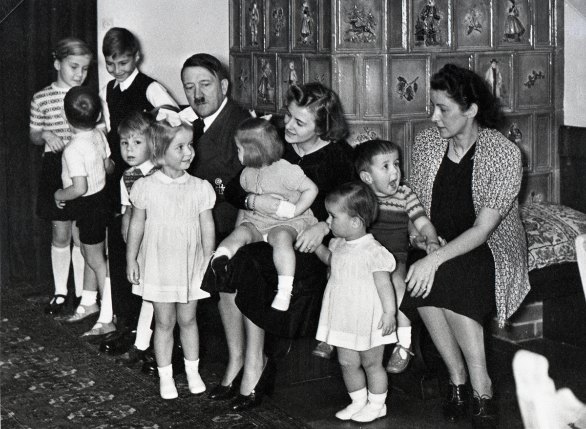 Hitler, Eva and Gerda Bormann with the Bormann and Speer children, from Eva Braun's albums